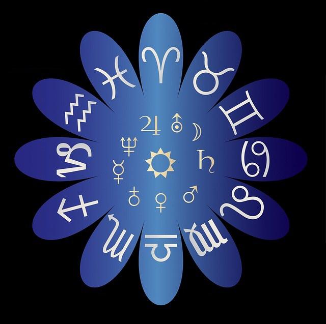 astrology-220339_640.jpg